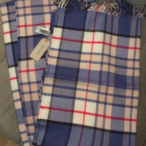 Cozy scarf from the Gap (NWT)
